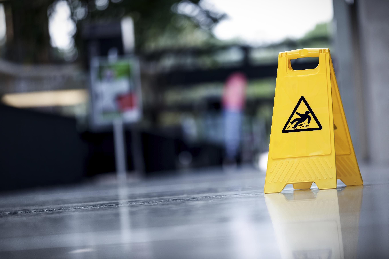 warning-sign-slippery-000023652192_large